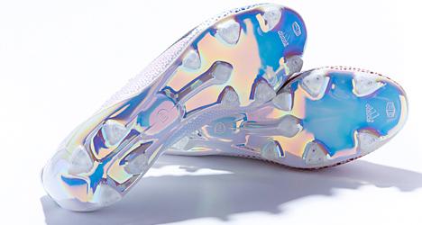 adidas-adizero-messi-370goals-07
