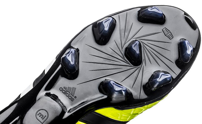 adidas-pathiqe-11pro-fg-sl-black-lime-04