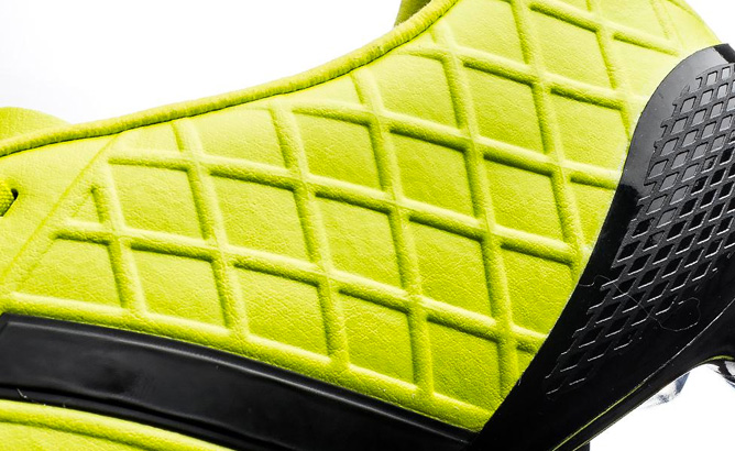 adidas-pathiqe-11pro-fg-sl-black-lime-06