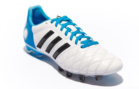 adidas-pathique-11pro-fg-wh-blue-blk-01