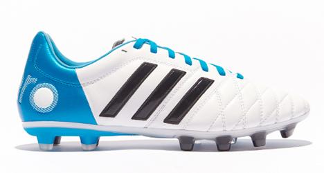 adidas-pathique-11pro-fg-wh-blue-blk-02