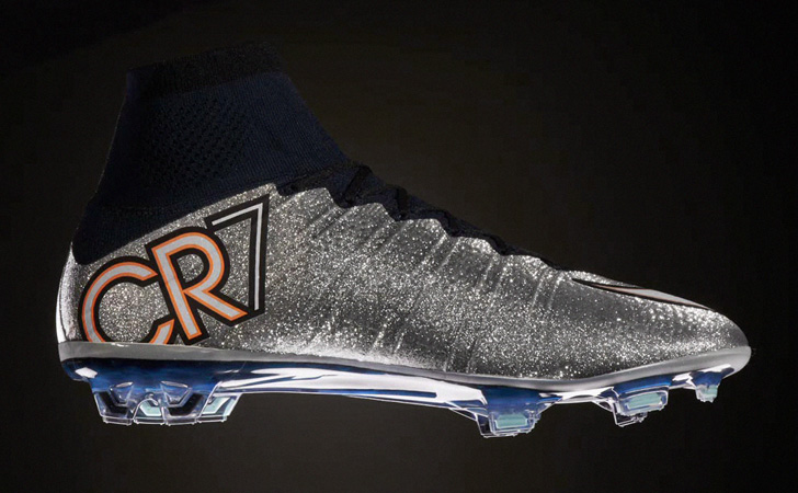 nike-mercurial-superfly-4-cr7-silver-02