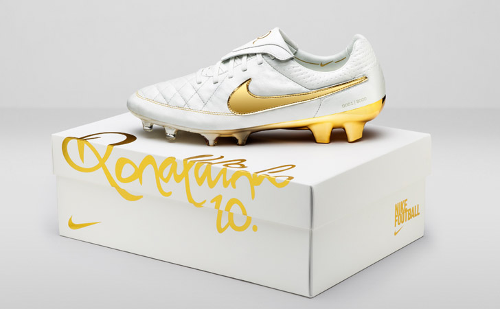 nike-tiempo-legend-5-touch-of-gold-01