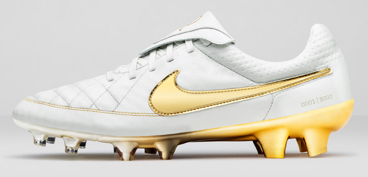 nike-tiempo-legend-5-touch-of-gold-02