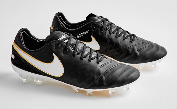 nike-tiempo-legend-6-black-white-gold-01
