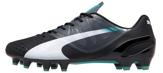 puma-evospeed-1.3-fg-black-poolgreen-03