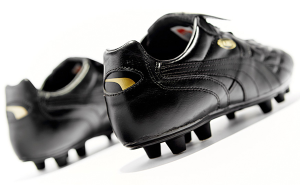 puma-king-top-di-black-gold-04