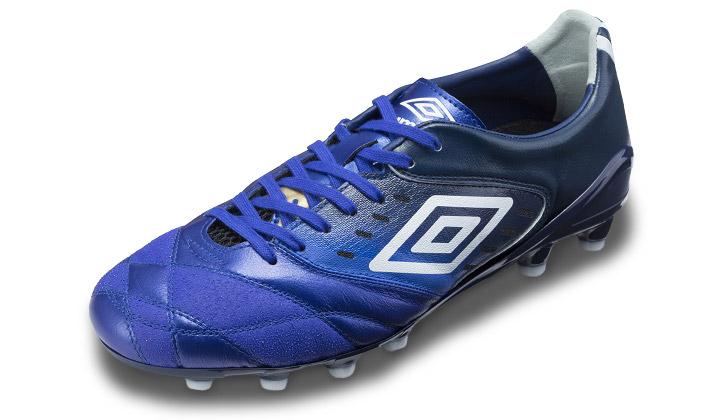 umbro-accerator-pro-blue-01