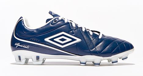 umbro-speciali-4-pro-blue-02