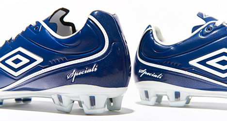 umbro-speciali-4-pro-blue-04