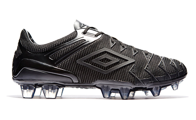 umbro-ux-1-concept-blackout-10